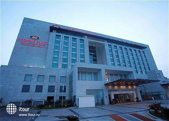 Crowne Plaza New Delhi Okhla 1