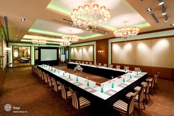 Radisson Blu Hotel Paschim Vihar 4