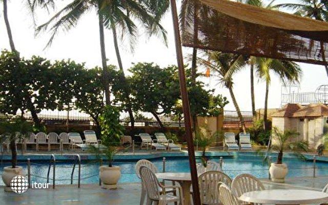 Ramada Plaza Palm Grove 2