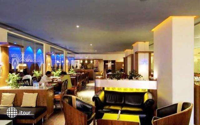 Ramee Guestline Hotel Juhu 9