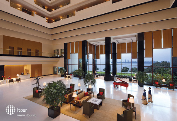 The Oberoi Mumbai 5
