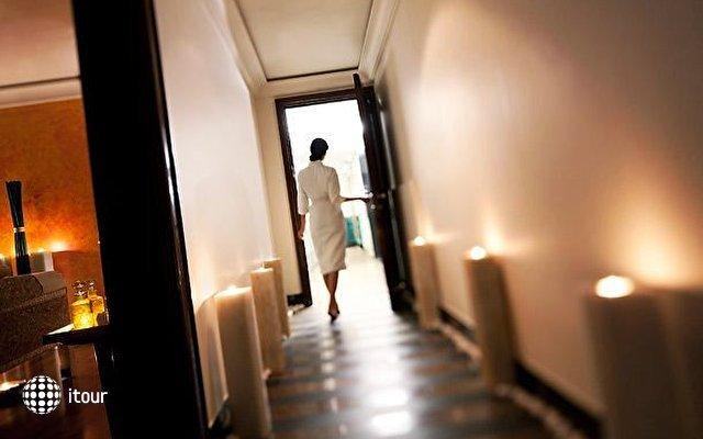 Residency Hotel Fort 8