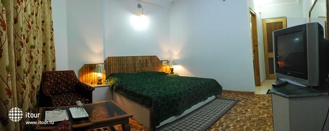 Hotel Satkar Residency 8