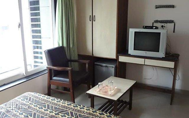 Unicontinental Hotel 6