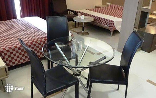 Unicontinental Hotel 2