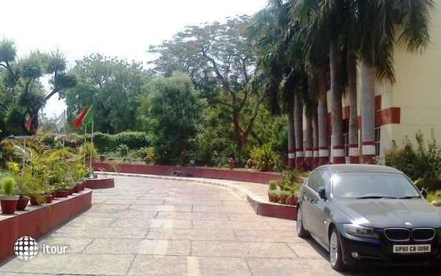 Yamuna View (ex. Ashok Agra) 4
