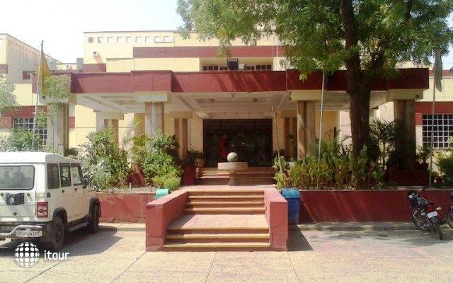 Yamuna View (ex. Ashok Agra) 9