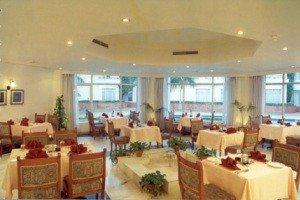 Holiday Inn Khajuraho 5