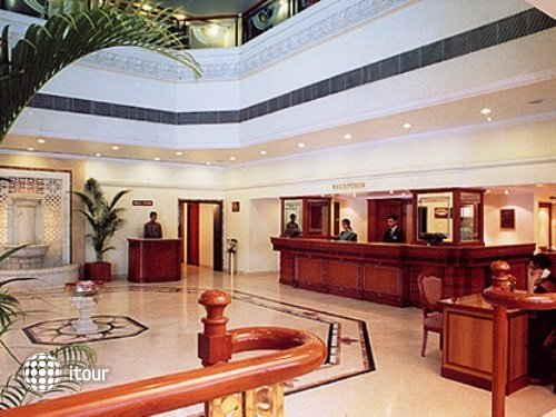 Fortune Hotel Landmark 8