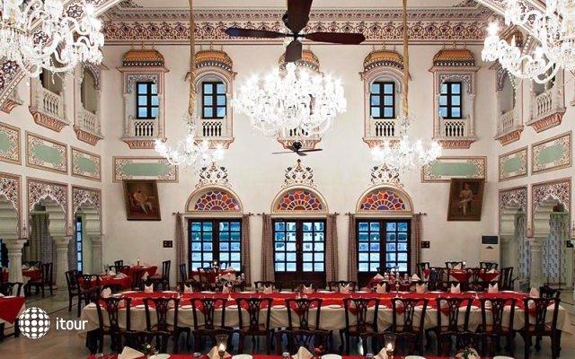 Laxmi Vilas Palace 5
