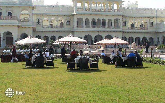 Laxmi Vilas Palace 8