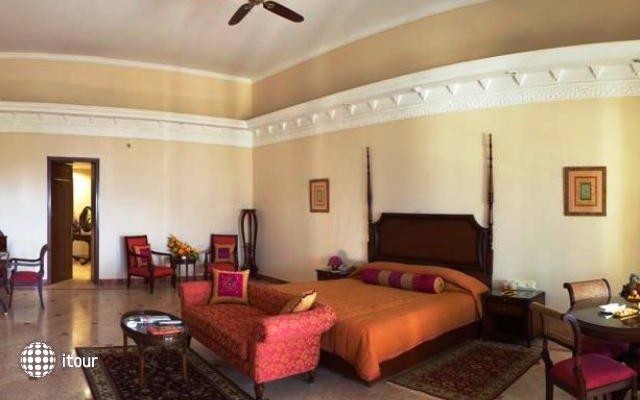 Laxmi Vilas Palace 3