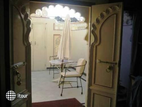 Shiv Niwas Palace 9