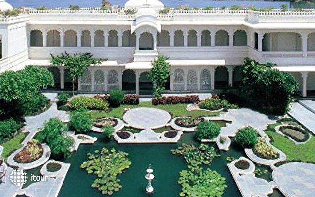 Taj Lake Palace 2
