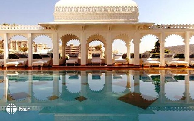 Taj Lake Palace 4