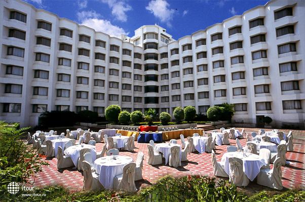 Katriya Hotel & Towers 4