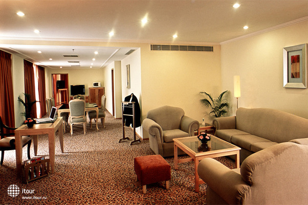 Katriya Hotel & Towers 3