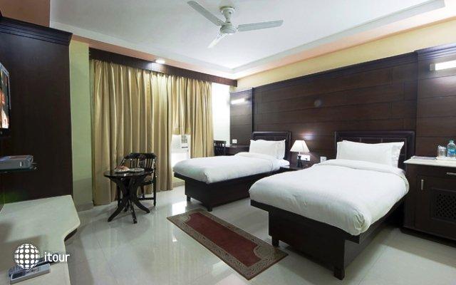 Sun Hotel Agra 4