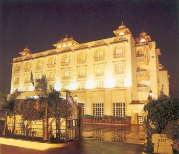 Holiday Inn Jaipur 1