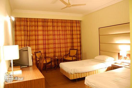 Mapple Abhay Days Inn 2