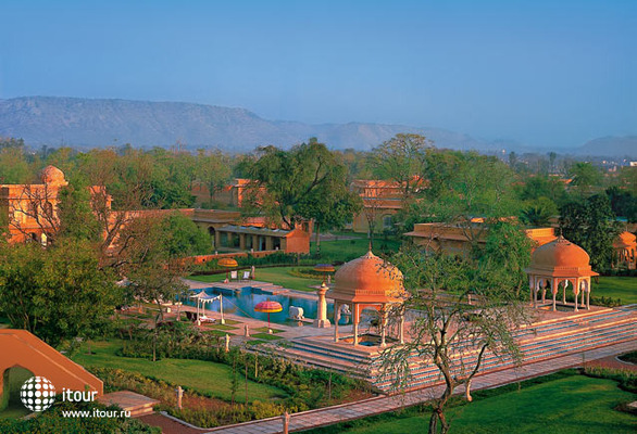 The Oberoi Rajvilas 9