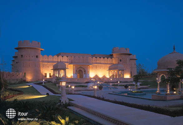 The Oberoi Rajvilas 1