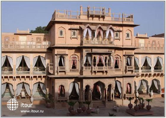 Chomu Palace 1
