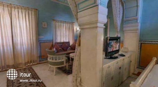 Chomu Palace 10