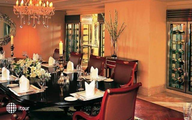 Leela Palace Bangalor 8