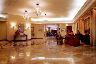 Sheraton Itc Windsor Manor 9