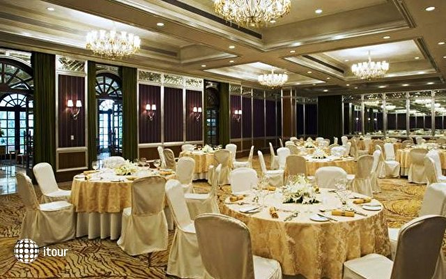 The Taj West End 4
