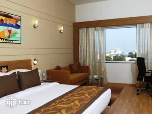 Lemon Tree Hotel Electronics City Bengaluru 3