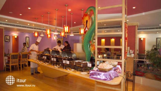 Ashraya International Hotel 6