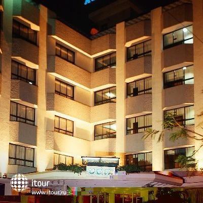 Ashraya International Hotel 8
