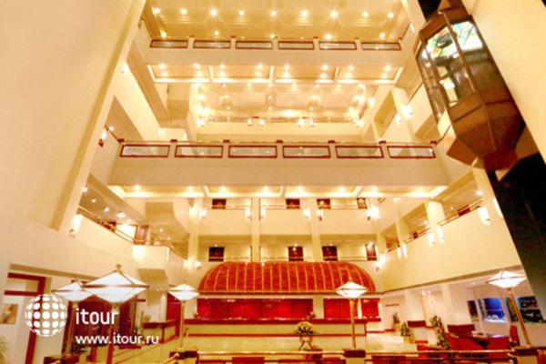 The Atria Hotel 5