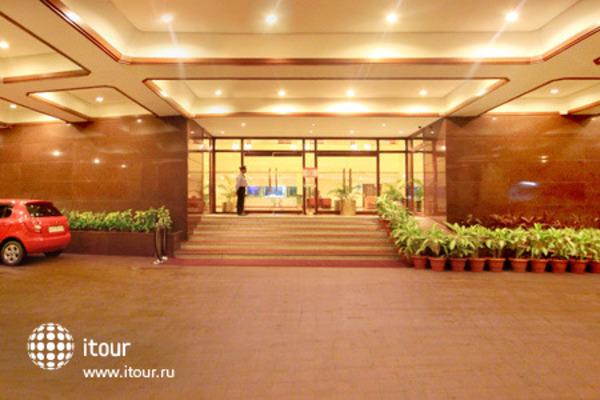 The Atria Hotel 6
