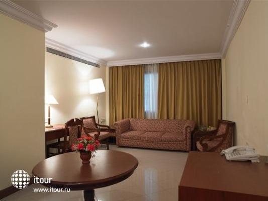 Ramada Hotel Bangalore 4