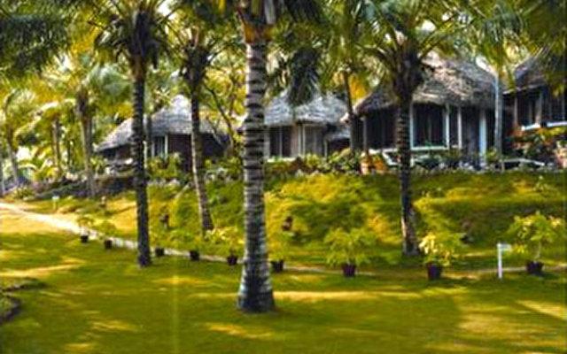 Manaltheeram Village Ayurvedic  3