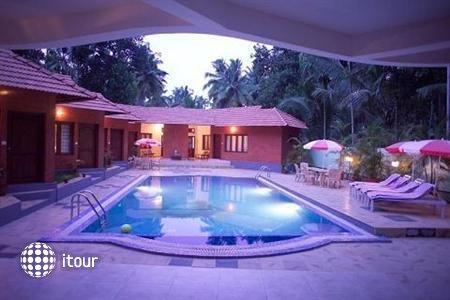Deshadan Cliff & Beach Resort 3