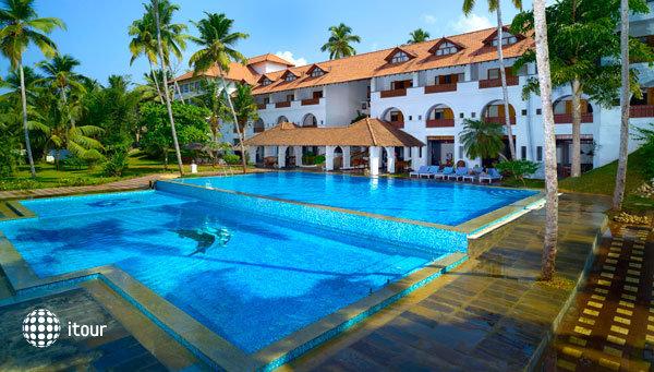 Estuary Island Resort 3