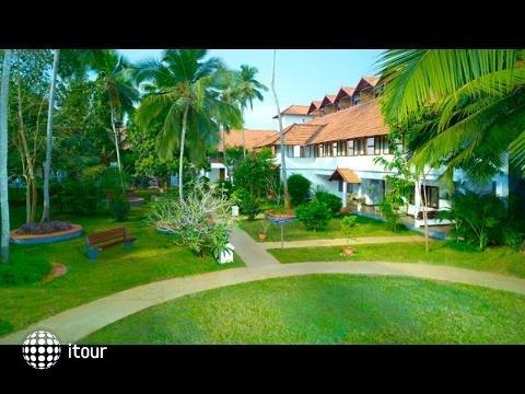Estuary Island Resort 2