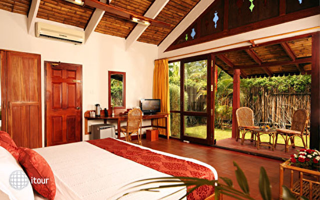 Abad Whispering Palm Lake Resort 9