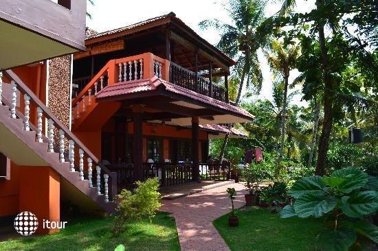 Marina Palace 3