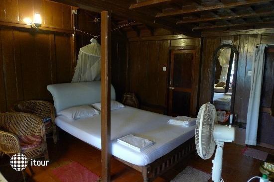 Marina Palace 5