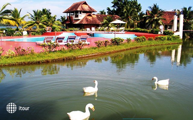 Aquaserene Resort Kollam 4