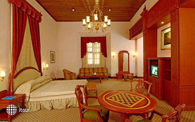 Bolgatty Palace 2