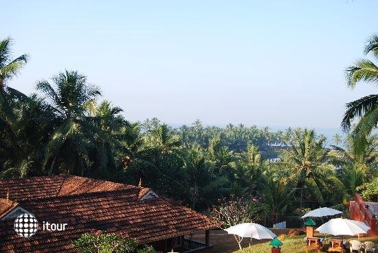 Kadaloram Beach Resort 3