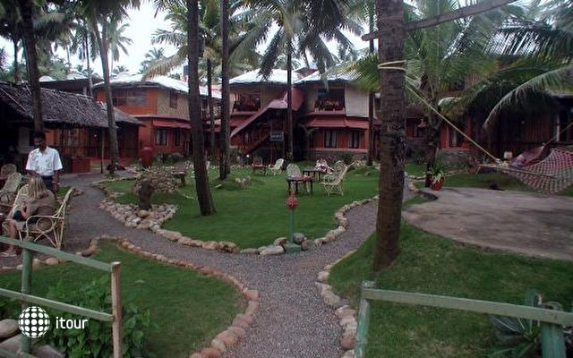 Krishnatheeram Ayur Holy Beach Resort 2