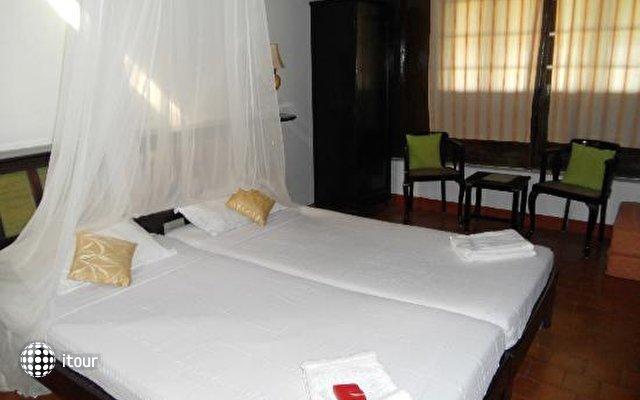 Kayaloram Heritage Lake Resort 3