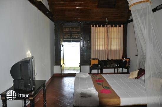 Kayaloram Heritage Lake Resort 4